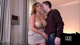 سكس نيك في الكس الاطفال العرب في Www.hot-sex-porno.com