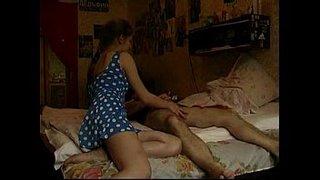 اب ينيك بنته الاطفال العرب في Www.hot-sex-porno.com
