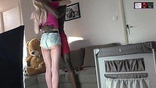 رجل اسود و بنت بيضاء الاطفال العرب في Www.hot-sex-porno.com