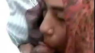 سعودية تجلخ الاطفال العرب في Www.hot-sex-porno.com