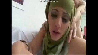 سكس أزواج عربي محلي بوضع الدوجي وأسخن نيك مجانا xxx فيلم