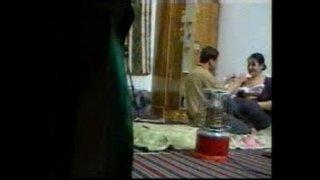 نيك أزواج عربي محلي و زوجة ساخنة تتاوه في أحضان زوجها مجانا xxx فيلم