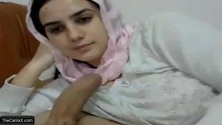 محجبة ايرانية تمص زب حبيبها سكس ايراني مجانا xxx فيلم