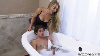 سكس امهات في الفندق مترجم الاطفال العرب في Www.hot-sex-porno.com